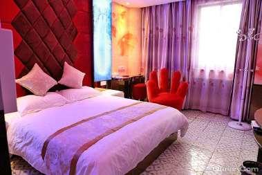 孟龙时尚精品酒店